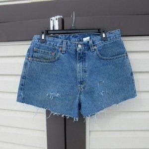 Vintage Levi's 550 Relaxed Fit High Rise Cutoffs